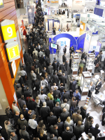 Trade_Show_Crowd_RB